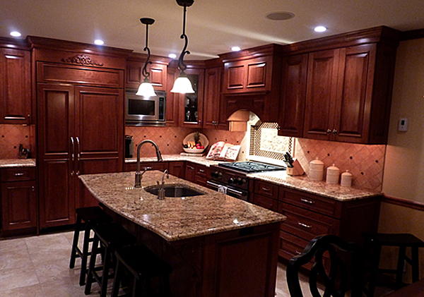 ... Cherry Finished Cabinets With Granite Countertops ...